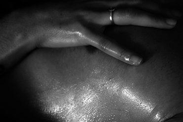 Massage tantrique et cachemirien